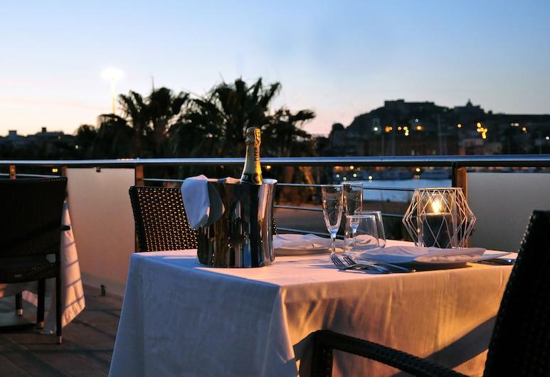 Hotel La Bussola, Milazzo, Restaurante al aire libre