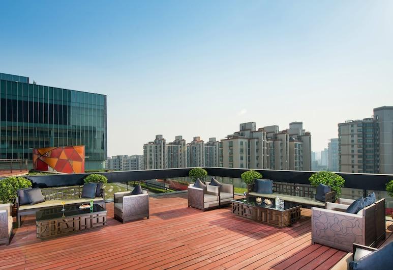 Jumeirah Himalayas Hotel Shanghai, Shanghai, Terras