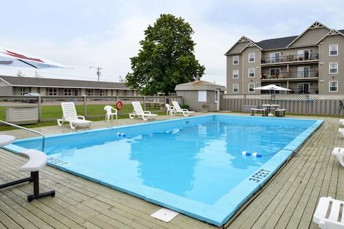 加拿大夏洛特敦最佳價值套房酒店/