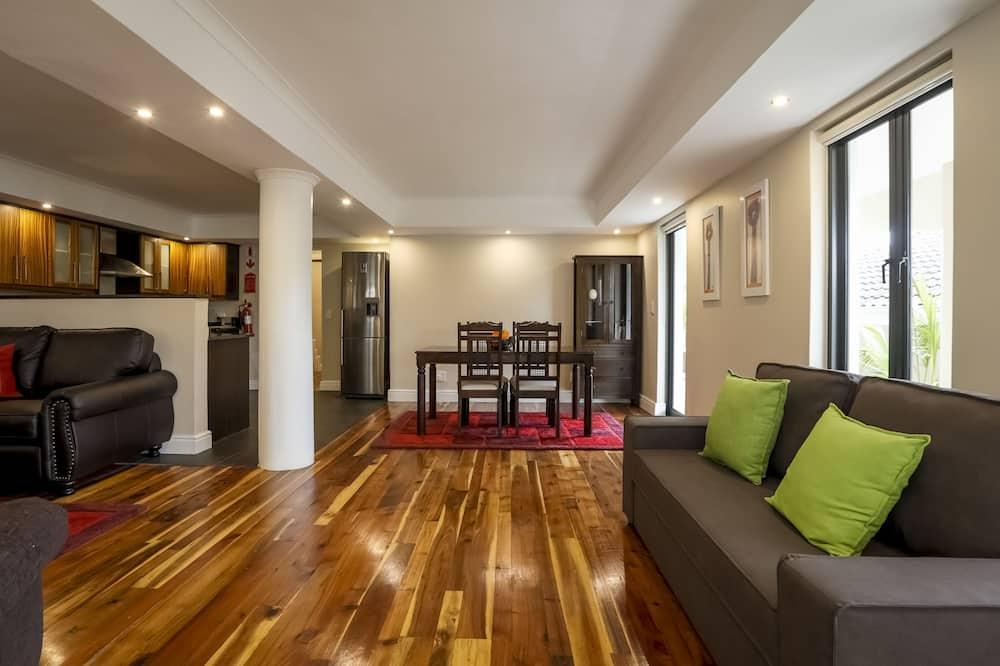 อพาร์ทเมนท์สำหรับครอบครัว, ห้องครัว - พื้นที่นั่งเล่น