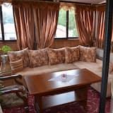 Phòng Suite Superior - Khu phòng khách