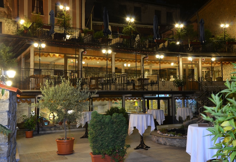 Boris Palace Boutique Hotel & Winery, Φιλιππούπολη, Μπαρ ξενοδοχείου