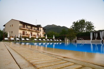 Picture of Mont Helmos Hotel in Kalavrita
