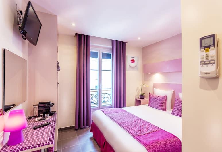 Pink Hotel, Parijs