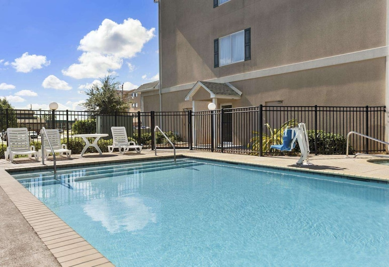 Country Inn & Suites by Radisson, Saraland, AL, Saraland, Outdoor Pool