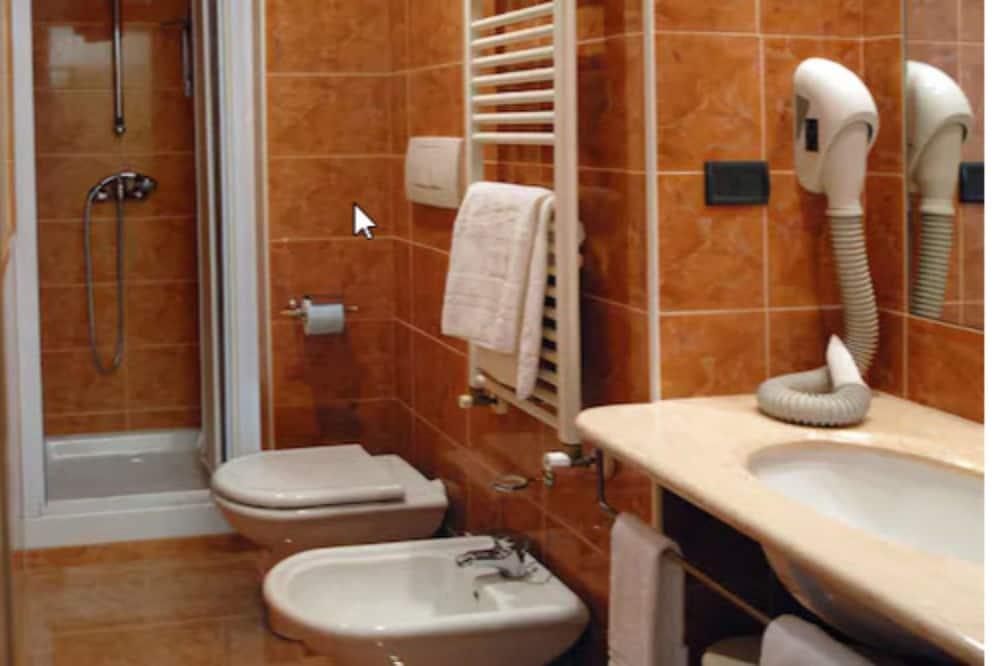 ห้องดับเบิลสำหรับพักเดี่ยว - ห้องน้ำ