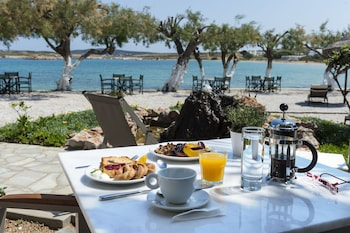 Gambar Kalypso Hotel di Paros