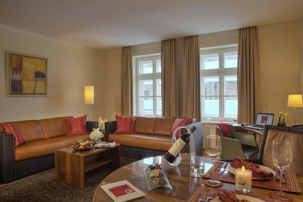 City Suite - Ruang Tamu