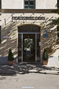 Image de Apartments & Hotel Maximilian Munich à Munich