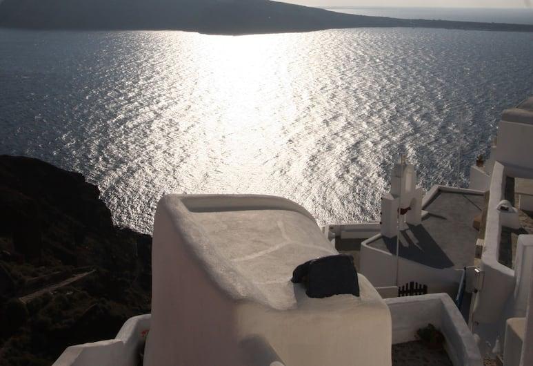 Fotinos Houses, Santorini, Honeymoon House, Room