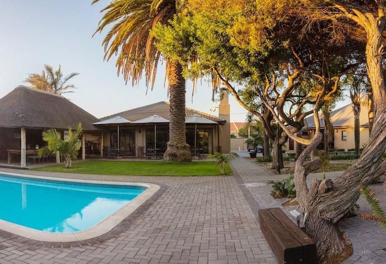 Excellent Guest House , Cape Town, Outdoor Pool