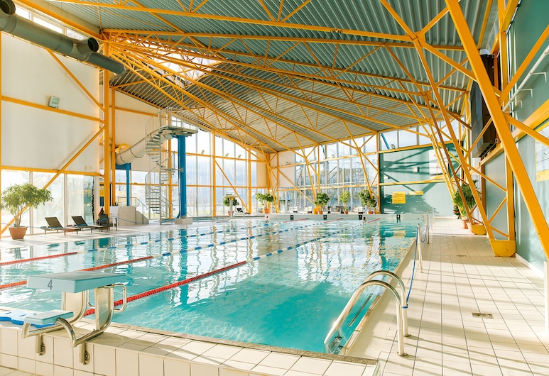 سبا بفندق روتلي, Saaremaa, حمام سباحة