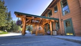 Choose This 3 Star Hotel In Jasper East