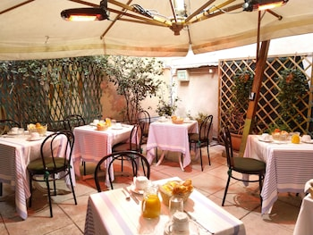 Enter your dates to get the Verona hotel deal