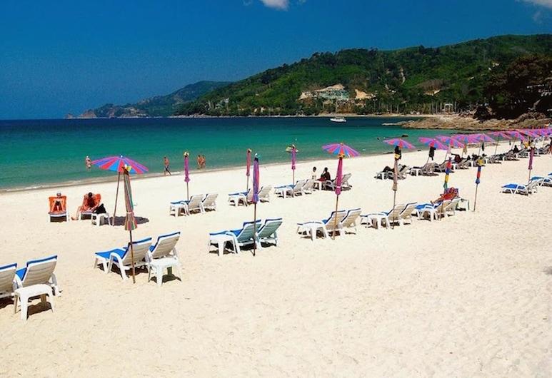 Armoni Patong Beach Hotel, Patong, Strand