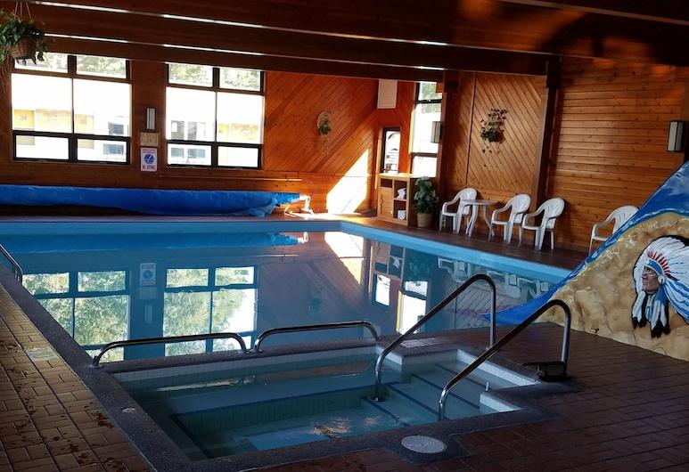 Black Hawk Motel and Suites, Wisconsin Dells, Indoor Pool