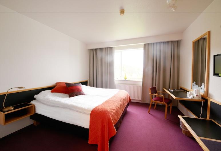 فندق فارمهيلو, Skagafjörour