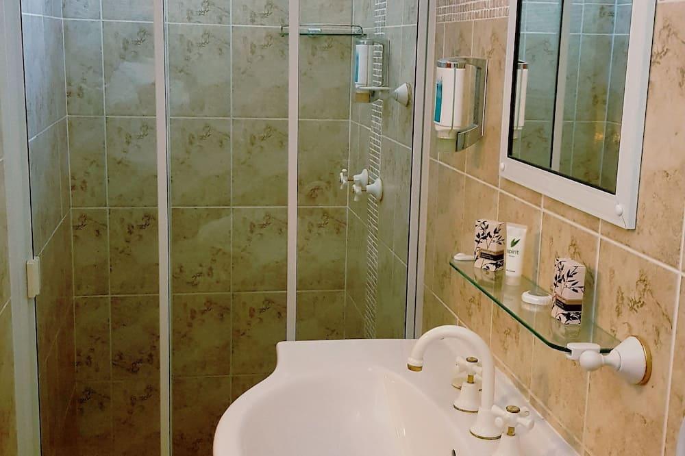 Paaugstināta komforta divvietīgs numurs - Vannasistaba