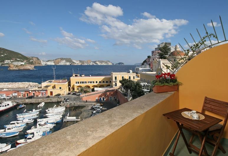 Mari, Ponza, Standard Δίκλινο Δωμάτιο (Double), Θέα στη Θάλασσα, Αίθριο/βεράντα