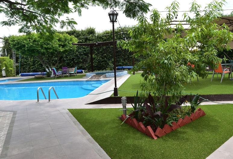 Hotel Medrano, אגואס קליינטס, בריכה חיצונית