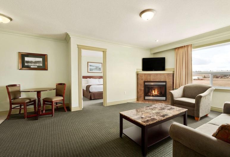 Days Inn & Suites by Wyndham Whitecourt, Whitecourt, Suite, 1King-Bett, Nichtraucher (1 Bedroom), Zimmer