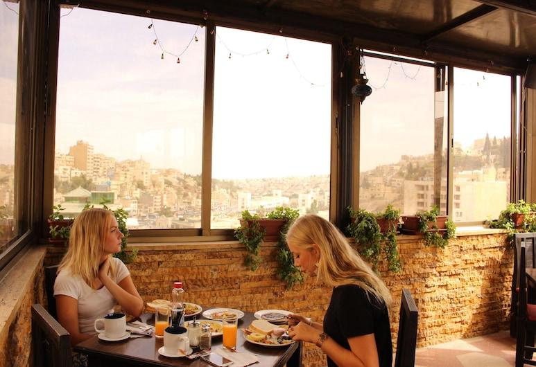 Arab Tower Hotel, Амман, Тераса/внутрішній дворик
