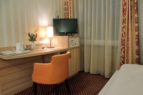 阿爾特珀斯特酒店/