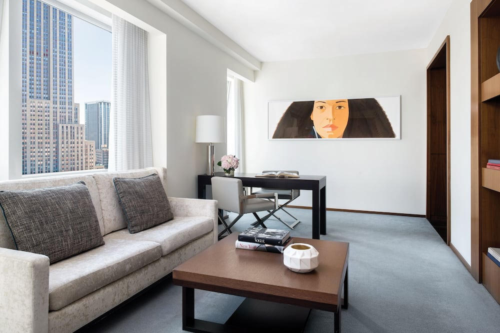 Suite, 1 Bedroom (Empire State View) - Living Room