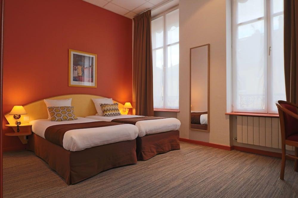 Twin Room - Guest Room