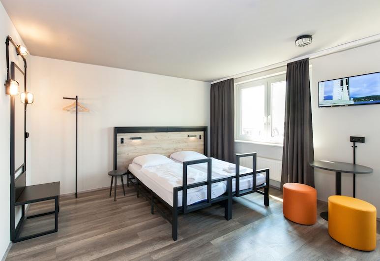 a&o Berlin Hauptbahnhof, Berlin, Single Room, Guest Room