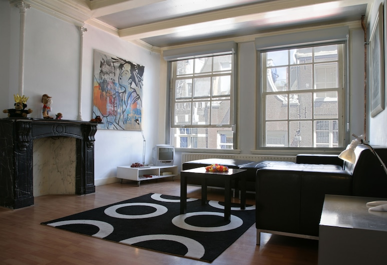 Ultraviolet Studios, Amsterdam, Superior Room, 1 Double or 2 Twin Beds (2nd Floor), Living Room