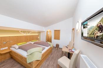 Picture of Landhaus Gitti Hotel Garni in Zell am See