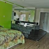 Deluxe Studio Suite, 1 King Bed, Private Bathroom - Private spa tub