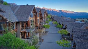 Picture of Commonage Villas in Queenstown