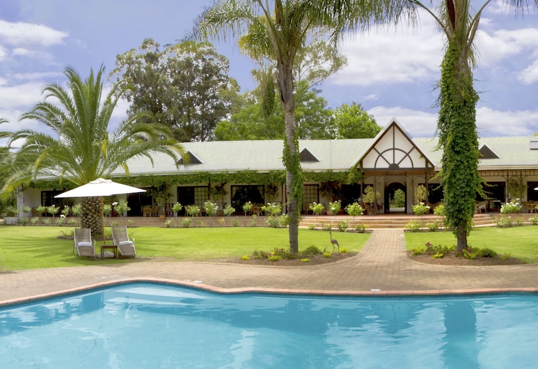 Hlangana Lodge, Oudtshoorn, Property Grounds
