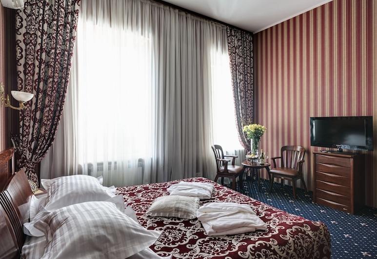 Gostinii Dvor, Kharkiv, Suite, Guest Room