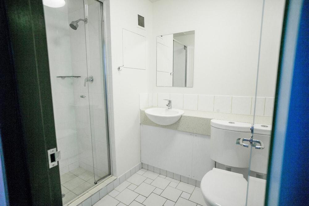 標準套房, 1 間臥室, 非吸煙房 (Double/Twin Ensuite) - 浴室
