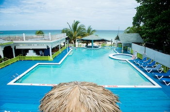 Picture of Fun Holiday Beach Resort in Negril