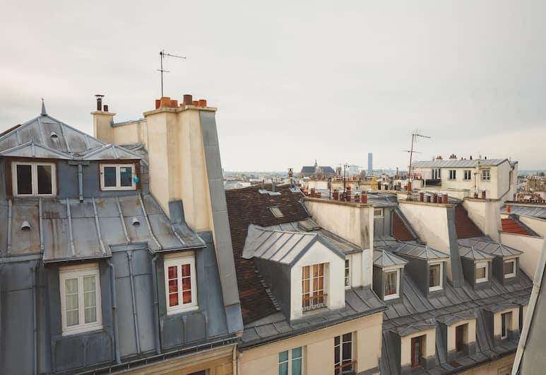 호텔 본 누벨 파리 , 파리, 호텔에서의 전망