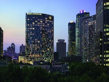 在上海的上海新天地朗廷酒店照片