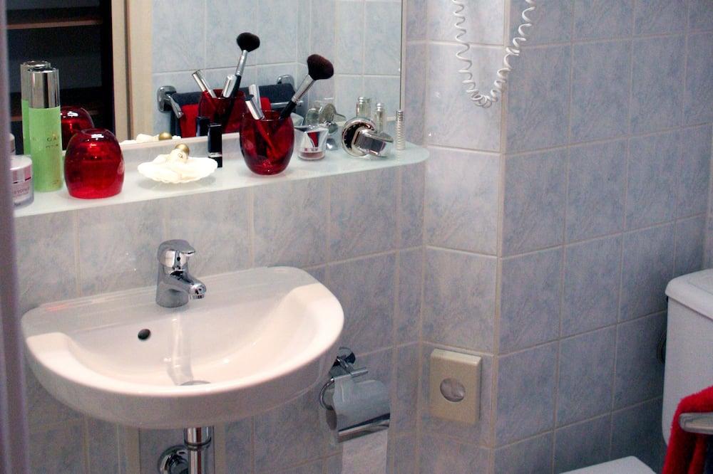 Quarto Duplo, Varanda, Vista Mar - Casa de banho