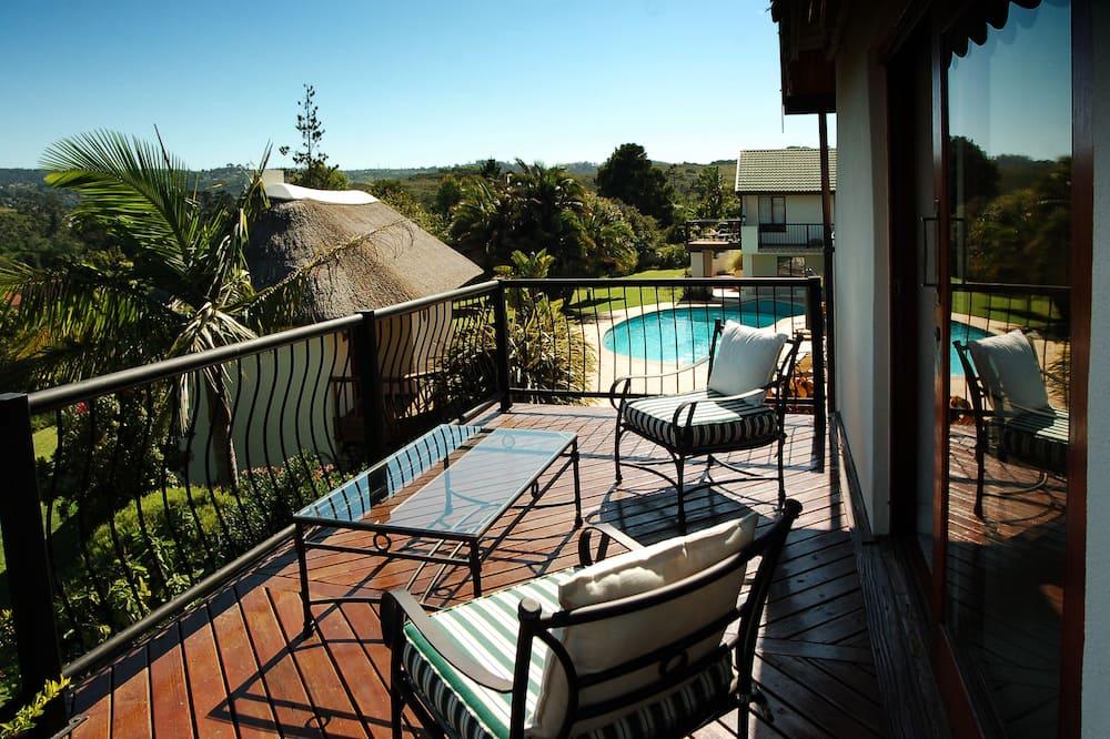 Двухместный номер «люкс» с 1 двуспальной кроватью, балкон - Балкон