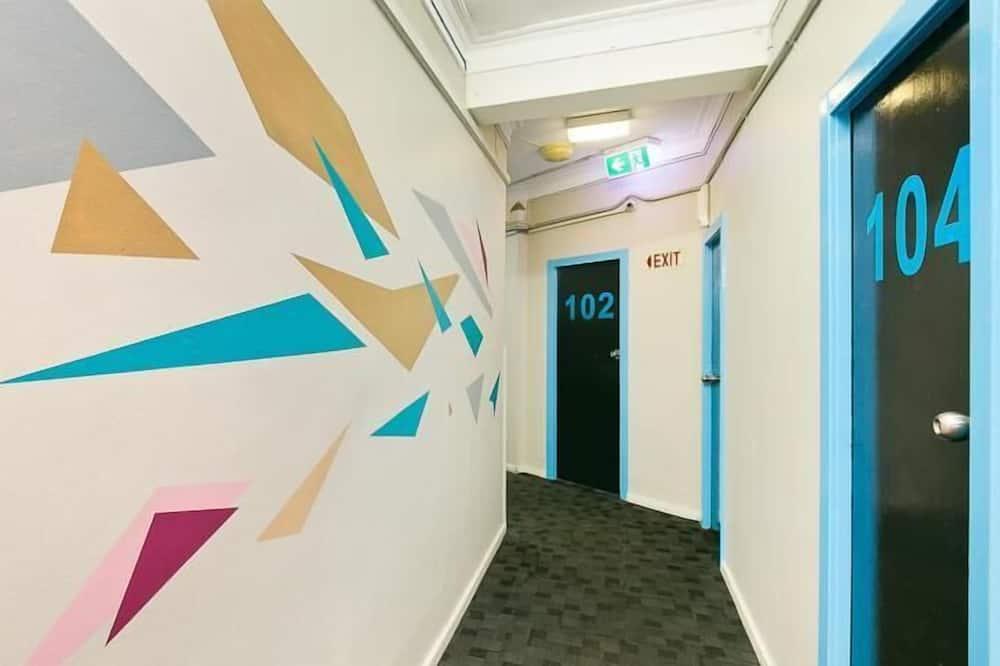 Four Bed Dormitory - Bathroom