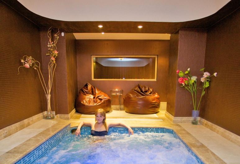 Tilia Hotel, Istanbul, Indoor Spa Tub