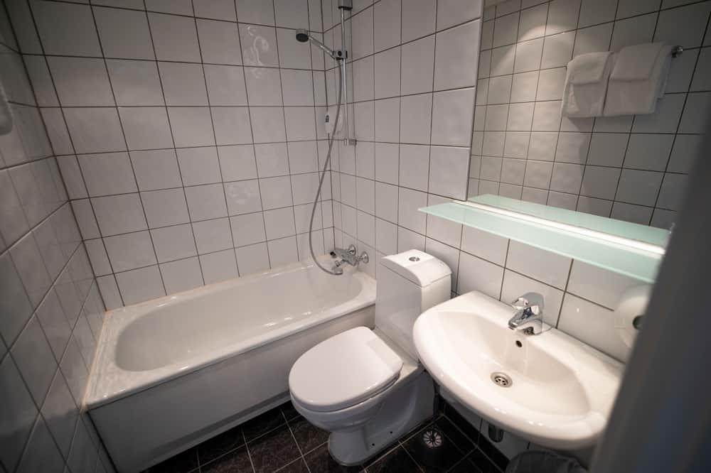 Dvivietis kambarys, vaizdas į upę - Vonios kambarys