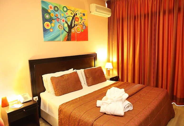 Mozart Hotel, Beirut, Executive-Suite, Balkon, Zimmer