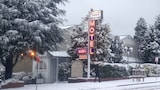 Book this Free Breakfast Hotel in Katoomba