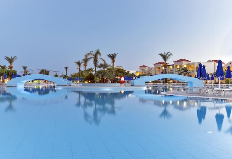 Lindos Princess Beach Hotel All Inclusive, Rodosz, Kültéri medence