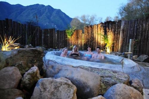 蒂阿羅哈假日公園暨熱水池營地/