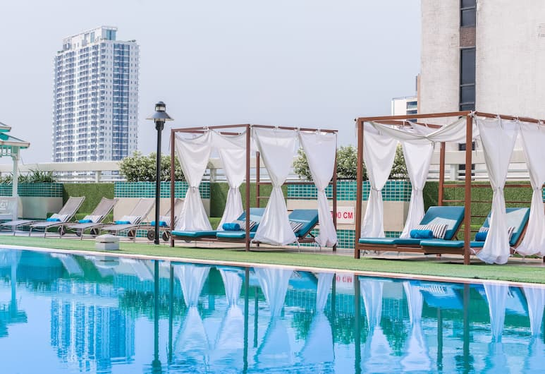 Evergreen Place Siam by UHG, Bangkok, Pool